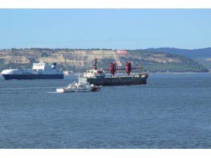 Çanakkale Boğazı'ndan Rus askerî kargo gemisi geçti
