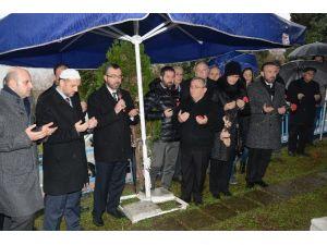 Türkiye'nin İlk Kadın Belediye Başkanı Mezarı Başında Anıldı