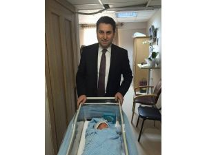 Türkiye'nin En Genç Belediye Başkanı 3. Kez Baba Oldu