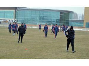 """Tolunay Kafkas: """"Kayserispor Çok İyi Futbol Oynayan Bir Takım Olarak Sahada Olacak"""""""