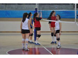 Kayseri Voleybol'da Adana Hazırlığı