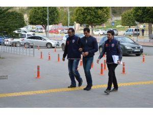 Patronun Evini Soyan Özbekistanlı Yakalandı