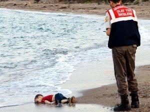 'Aylan Bebek' Davasında Bomba İddia: Asıl Organizatör Aylan Bebeğin Babası