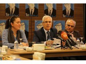 Nilüfer Belediyesi 2016 Yılını Yaşar Kemal'e Adadı