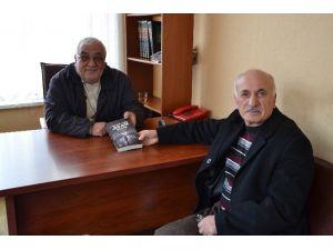 Emekli Sağlıkçı İlk Romanını Çıkardı