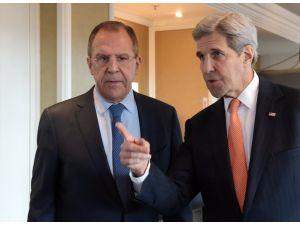 Lavrov ile Kerry, Münih'te ateşkesi görüştü