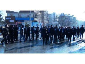 Gümrük Ve Ticaret Bakan Yardımcısı Çiftci, AK Parti Erciş İlçe Teşkilatını Ziyaret Etti