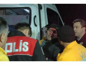 Çaldıkları Araçla Polisten Kaçan Şahıslar Kaza Yaptı