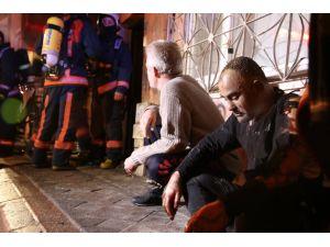 Zeytinburnu'nda yangın: 2 çocuk hayatını kaybetti