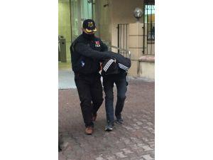 Polise Molotof Bombası Atan PKK Yandaşı Tutuklandı