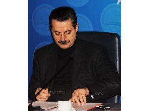 Bakan Çelik, Adana'da bürokratlarıyla bir araya geldi