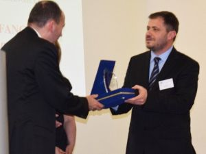 """Tid, """"2015 Yılın İşveri"""" Ödülünü Gaziantepli Erol Çelik'e Verdi"""