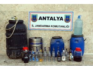 Elmalı'da Jandarmadan Sahte İçki Operasyonu
