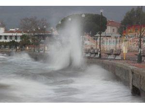 Ege'de Fırtına Uyarısı