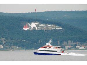Çanakkale'de Deniz Otobüsü Seferleri İptal Edildi