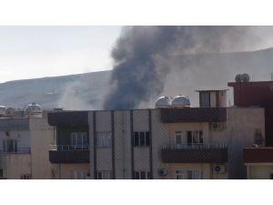 Cizre'den hala dumanlar yükseliyor
