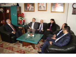 Türkiye Beyazay Derneğinden Başkan Başsoy'a Ziyaret