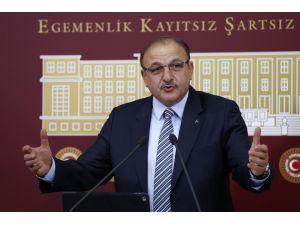 Oktay Vural da 'Ey Erdoğan, ey Davutoğlu' diye seslendi