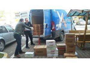 Cizre'deki Polislere Gıda Ve Giyim Malzemesi Gönderildi