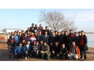 Talha Bayrakçı Gençlik Merkezi Kış Kampı'nda Buluştu