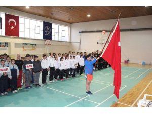 Badminton Çeyrek Final Müsabakaları Bilecik'te Başladı