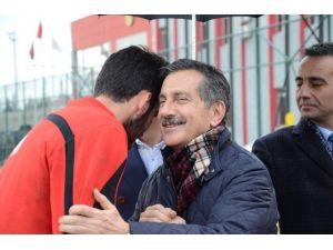 Başkan Ataç'tan Es-es'e Moral Ziyareti