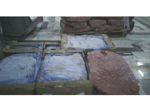 Kayseri'de 2 ton mekanik olarak ayrılmış tavuk eti imha edildi