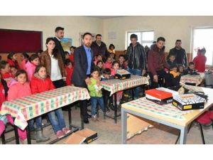Van'da 'Çocuklar Gülsün' Yardım Kampanyası