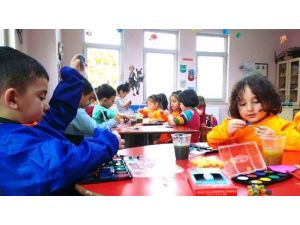 Pursaklar'da Çocuklar Doyasıya Eğleniyor
