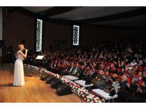 Keçiören Belediyesi'nden Sevenler İçin Aşk Konseri