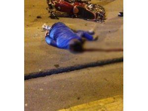 Motosiklet Otomobile Çarptı: 1 Ölü
