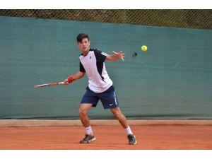 Bolivya'da gerçekleşentirilen ITF Gençler Turnuvası'nda Cem Ertürk finale çıktı