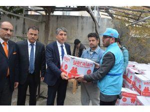 Türkiye Diyanet Vakfının İnsani Yardım Tırı Kırıkhan'da