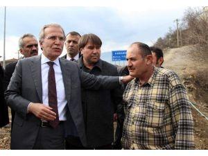 AK Parti Genel Başkan Yardımcısı Şahin, Heyelan Bölgesinde İncelemelerde Bulundu