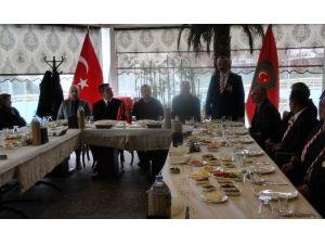 """Gazi Ve Şehit Aileleri Derneğinden Birlik Beraberlik Kahvaltısı"""""""