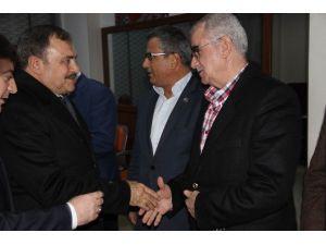 Bakan Eroğlu AK Parti'yi Ziyaret Etti