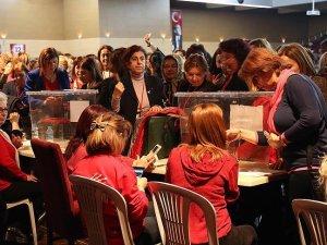 CHP Kadın Kolları Genel Başkanlığına Fatma Köse seçildi