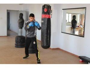 Silopili Genç Wushu Şampiyonasına Katılacak