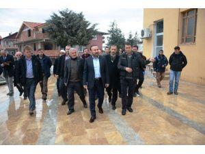 Başkan Doğan, Yeşilova'da Vatandaşlarla Bir Araya Geldi