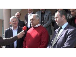 İzmir Büyükşehir Belediyesi'ne 'Kentsel Dönüşüm' Eleştirisi