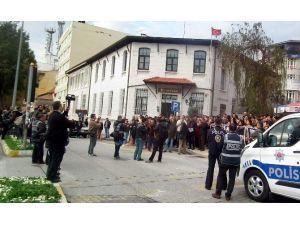 Aydın'da Polis Protosto Yürüyüşüne İzin Vermedi