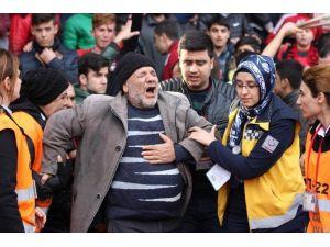 Yaşlı Taraftar Gaziantepspor'un Yenilgisine Dayanamadı