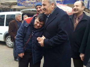 Milletvekili Şahin, Pazar Esnaflarını Ziyaret Etti