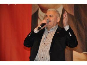 """Bakan Yıldırım: """"Türkiye'nin Gücünü Sınamaya Çalışıyorlar"""""""