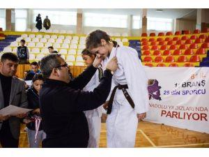 Anadolu Yıldızlar Ligi Judo Yarı Final Müsabakaları Sona Erdi