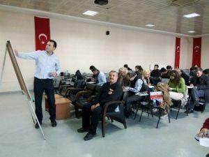 Adana'da Badminton Hakem Kursu Sona Erdi