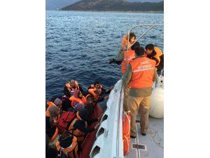Akdeniz'de 23'ü çocuk 57 Suriyeli göçmen yakalandı