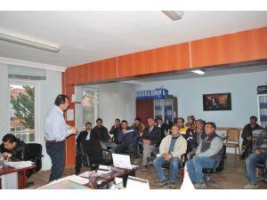 Belediye İşçilerine 'İş Güvenliği Ve İşçi Sağlığı' Eğitimi