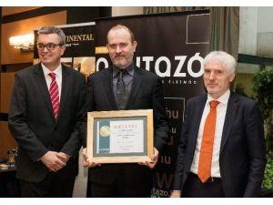 """THY, Macaristan'da """"En İyi Hava Yolu"""" Ödülüne Layık Görüldü"""