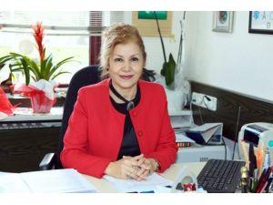 """Prof. Dr. Karaoğlan: """"Osteoporozdan Korunma Anne Karnında Başlar"""""""